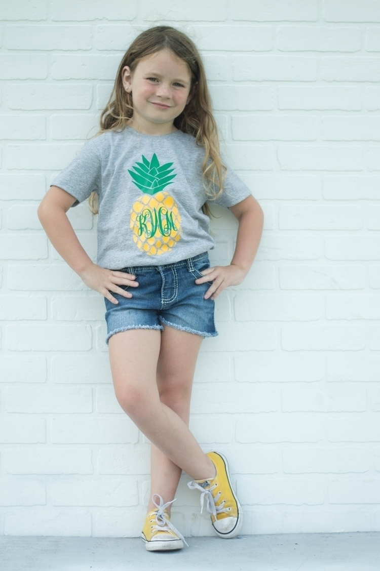 pineapple - kensley_roo | ello