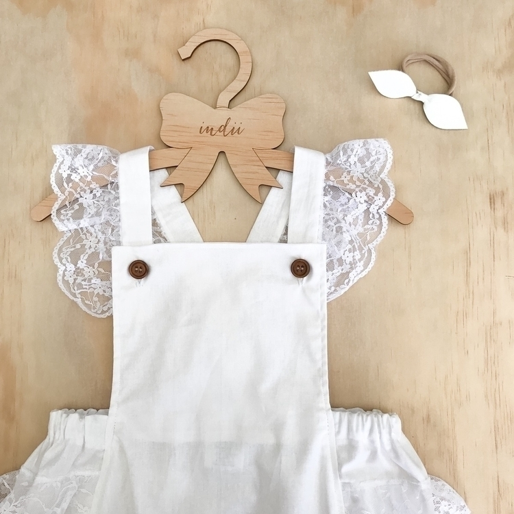 White Lace Romper website week - indiiandi | ello
