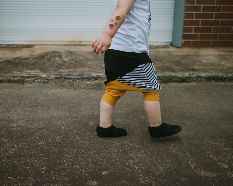 Walk shorts { } :heavy_multipli - radlittleizzy | ello