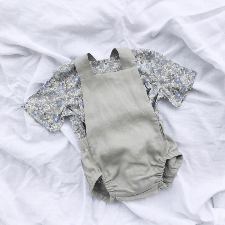 Floral linen layers - bluedaisywares | ello