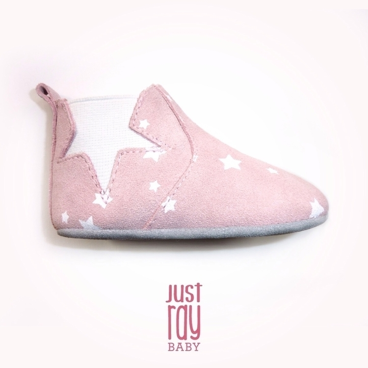 Ohhh pink suede boots Softsole  - justray_baby | ello