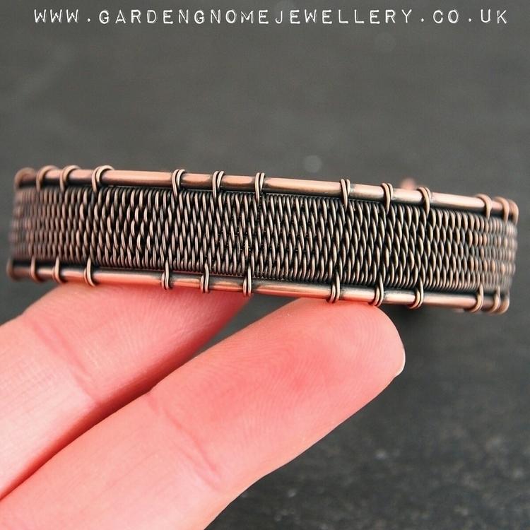 love weaved bracelets. age wort - gardengnomejewellery | ello