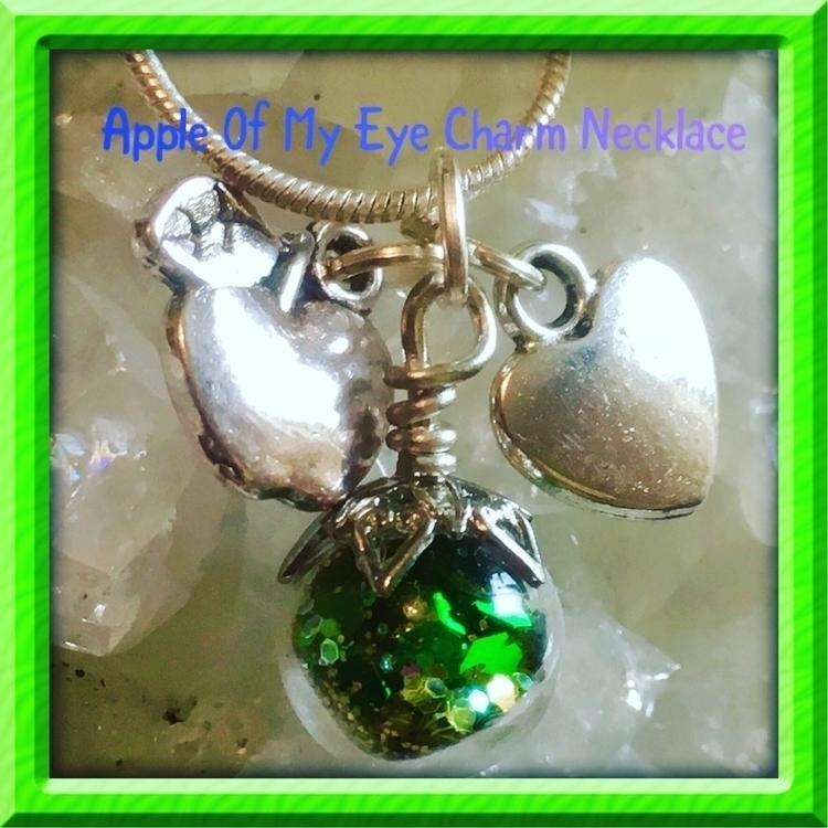 appleofmyeye, children, greenglitter - inolascharms   ello