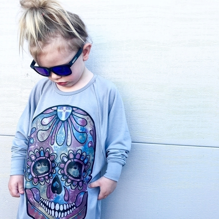 OMG Meeka loves skull colours w - lizette_andthe_babes | ello