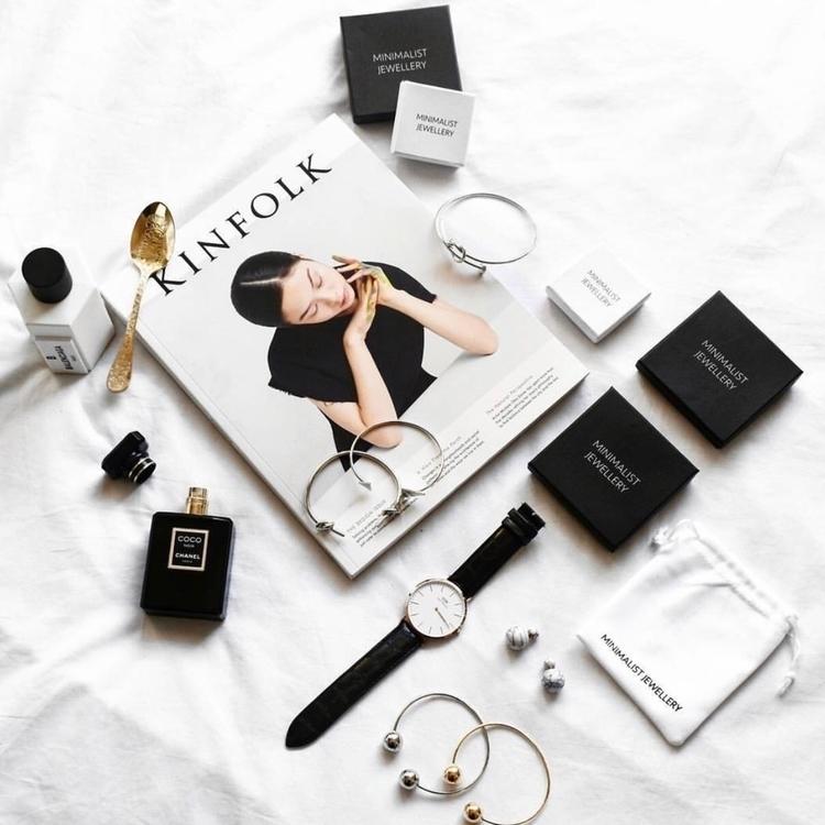 MINIMALIST JEWELLERY GIVEAWAY c - minimalistjewellery | ello