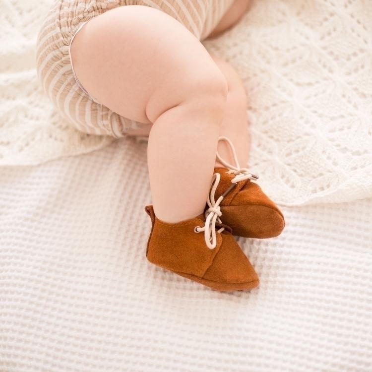 Baby details. Details, baby - babyshoes - laurenbehindthecamera | ello