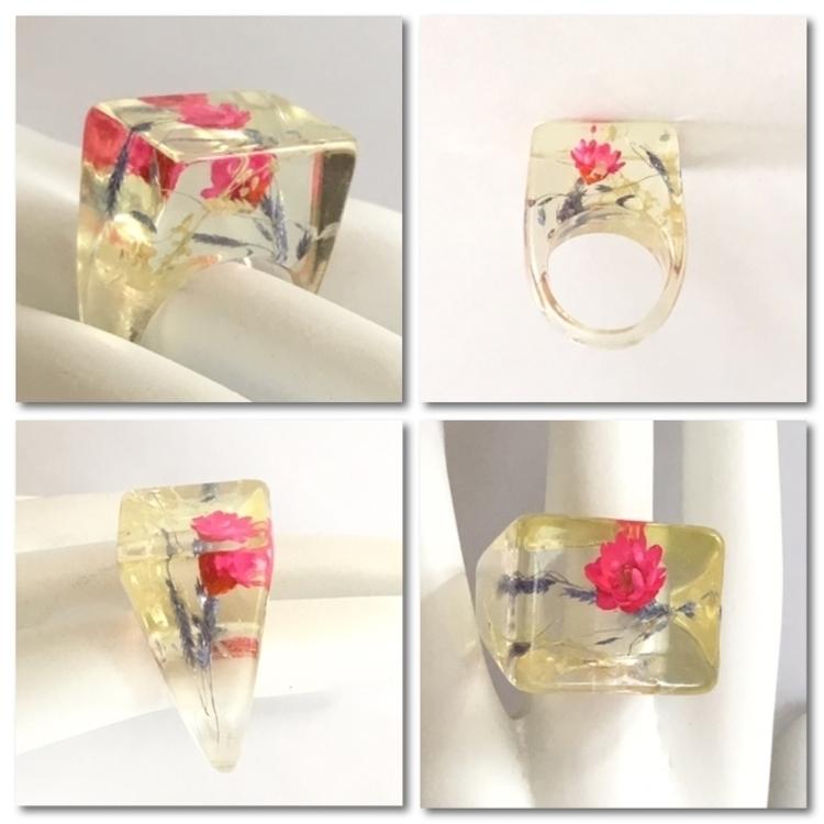 Vintage transparent lucite fing - jewelrybubble | ello