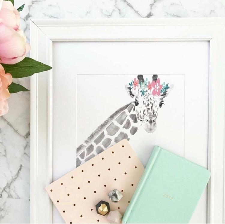 prettier giraffe?  - interiordesign - gracelauder   ello