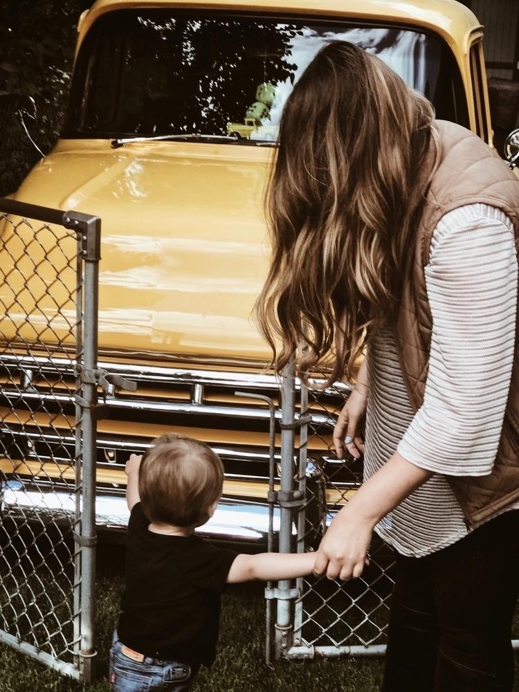 Boy - boymom, mommyblogger, family - casskelle | ello