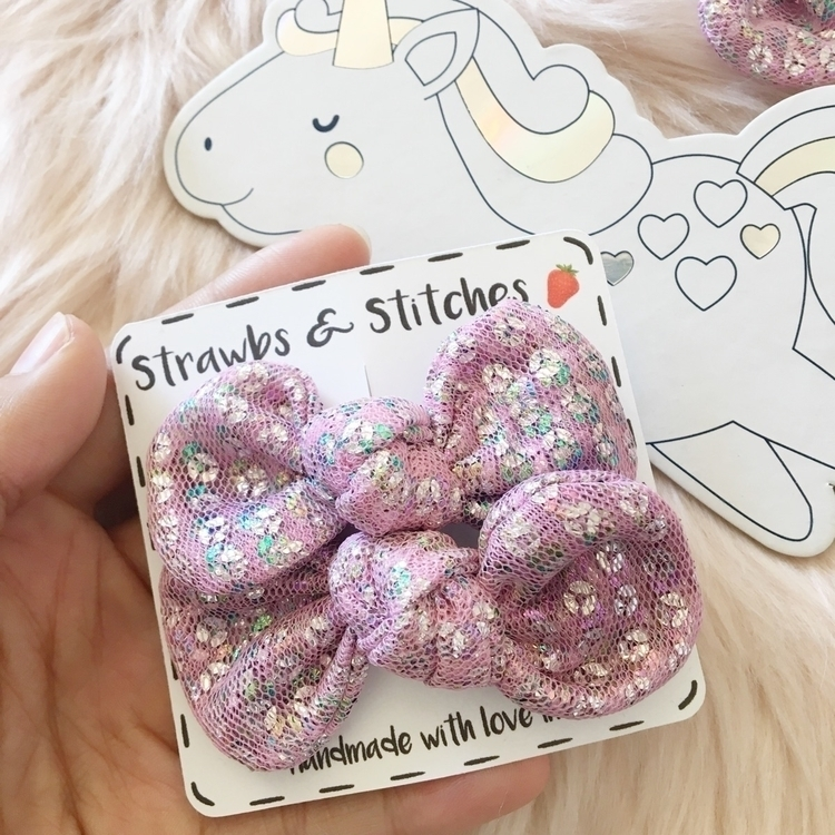 set sneaking shop Friday - unicorn - strawbsgirl | ello
