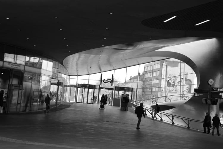 Arnhem - station, Netherlands - annamigchels | ello
