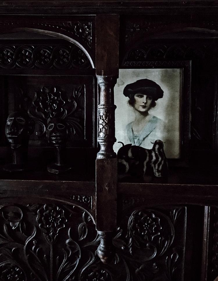 Dark corners home - Photography - wutheringbites | ello