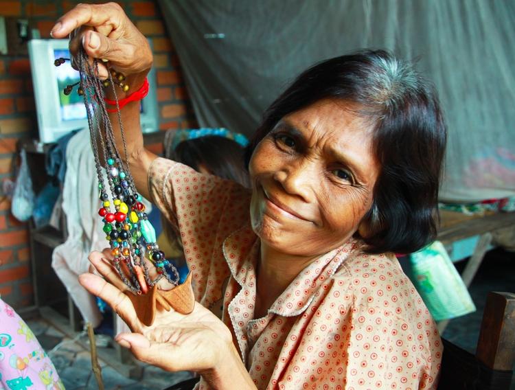 Nom, woman KittyKiddy necklaces - cherrie-karakia | ello