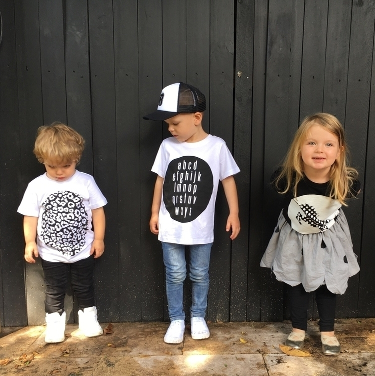 Big Dot Kids - Monochrome tees  - bigdotkids | ello