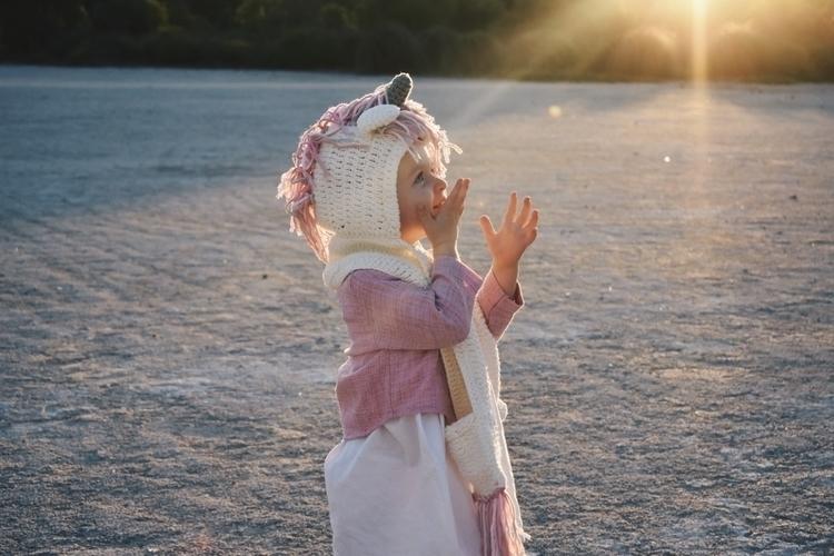 magic! Crochet unicorn scarf  - ootd - adventures_of_a_mum   ello