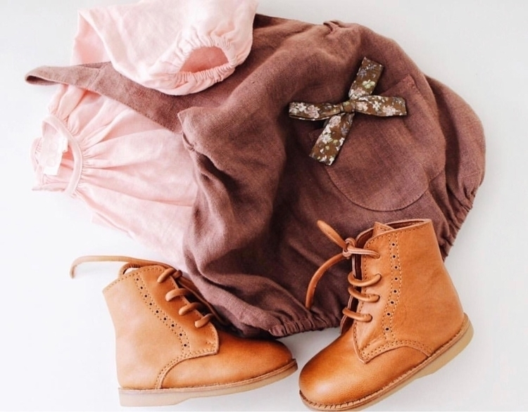 Bows + Boots Brown Floral Bow p - mae_and_rae | ello
