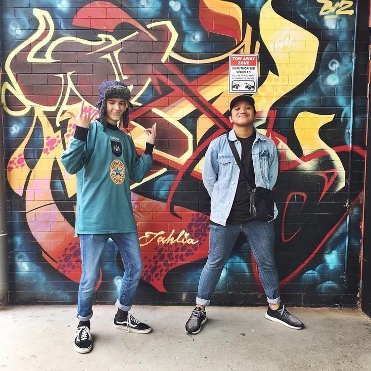 rocking walls - rockthatwall, toowoomba - mummag70 | ello