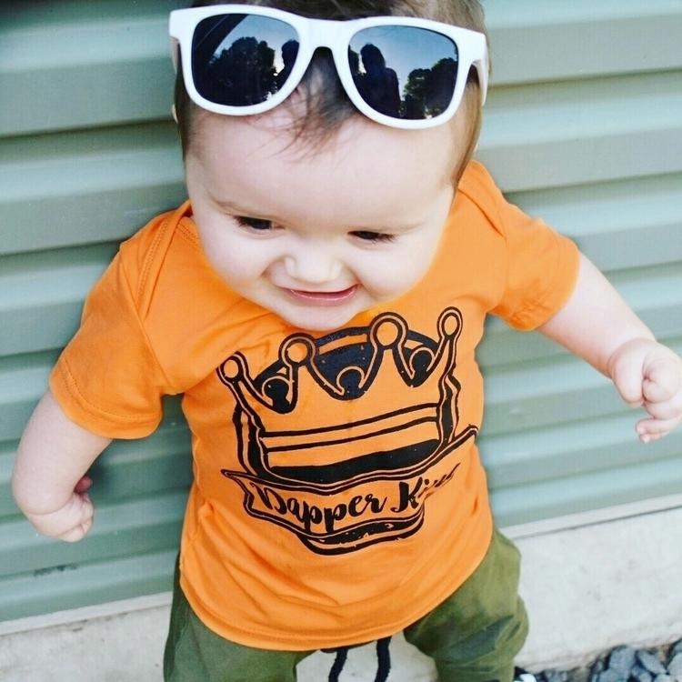 Dapper King  - brandrepresumes_aus - tray_and_cejay   ello