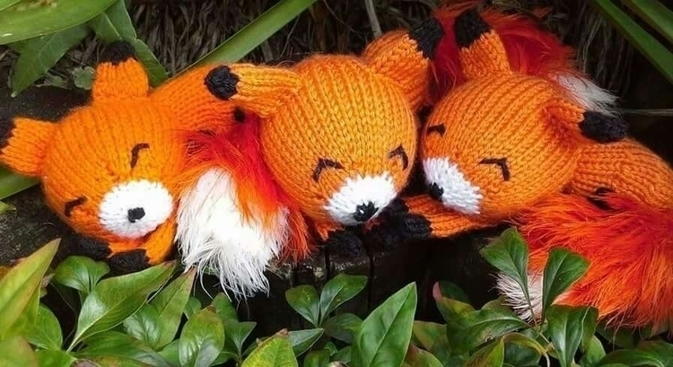 Fantastic foxes - winterfellknits | ello