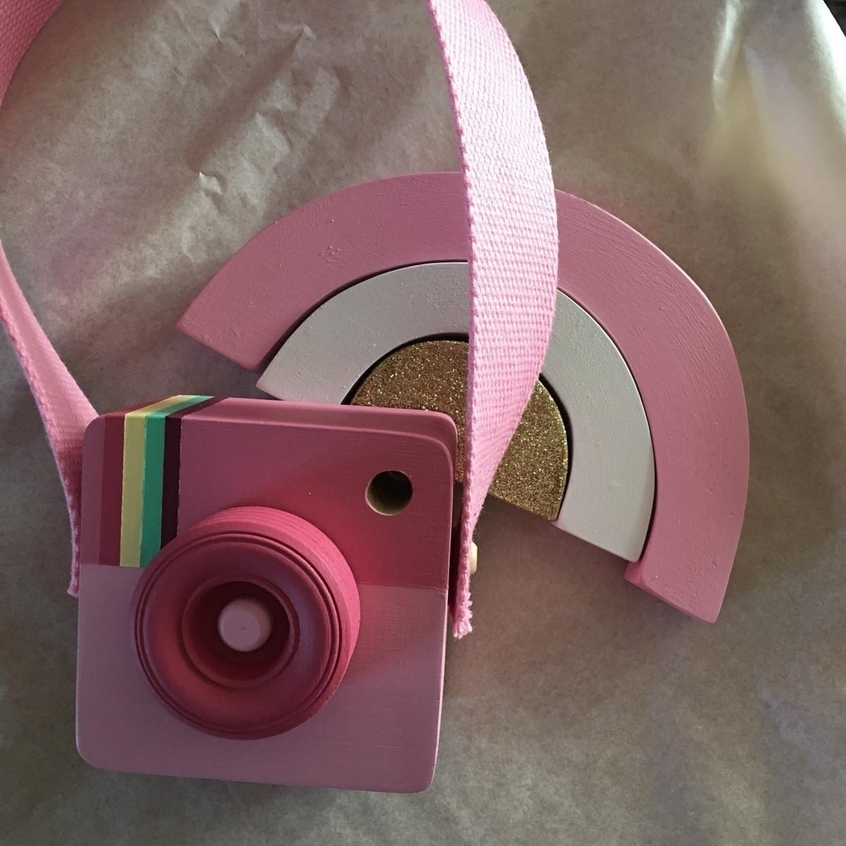 Loving bit pink sparkle afterno - popnjay | ello