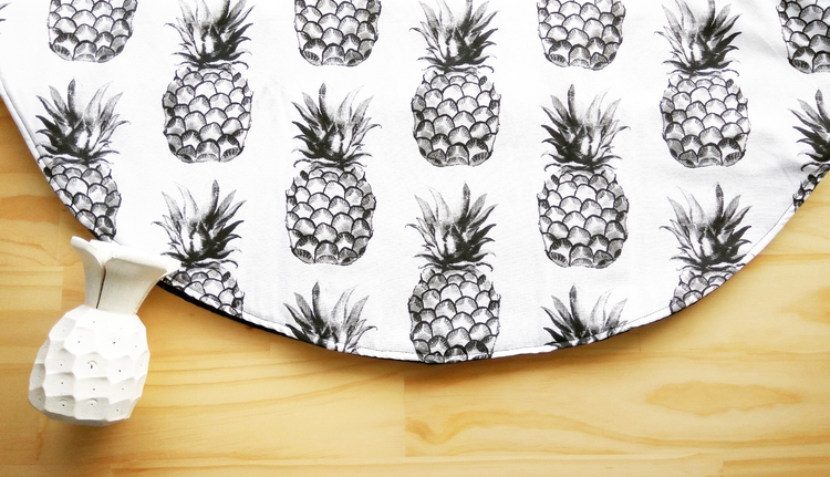 Black white Pinapple Love :heav - lizi_j | ello