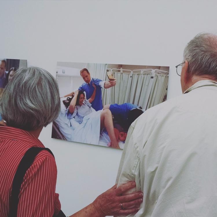 elderly couple art gallery....s - secretagentsky | ello