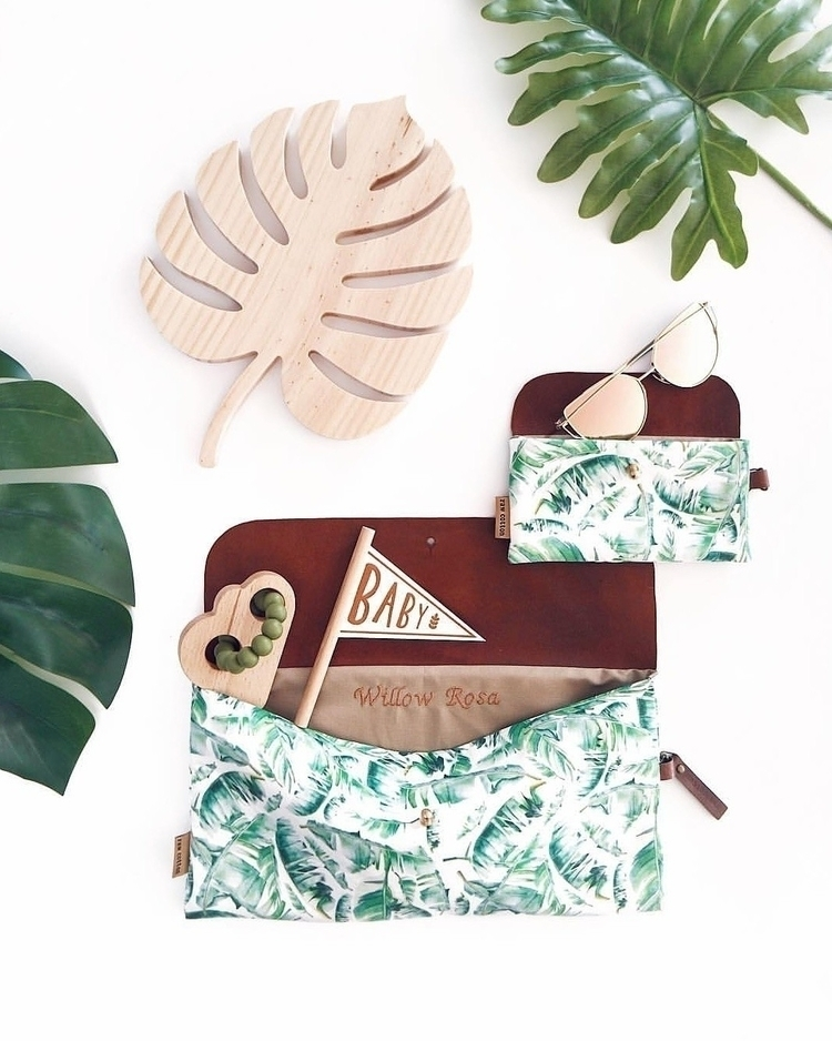 fan Green? gorgeous flatlay cha - lilah_and_co | ello