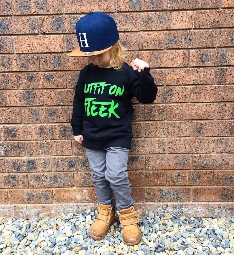 Outfit Fleek crews - adults Hat - threadsbycrd | ello