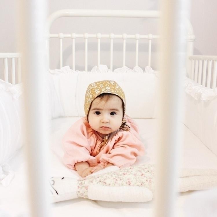 lady 'Bonnet  - ellochildhood, motherhood - soodibetts | ello