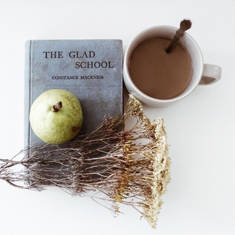 glad school - oldbooks, booklover - soodibetts | ello