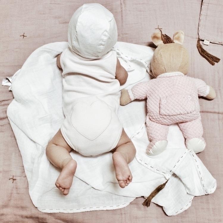 Cutie pies - ellochildhood, motherhood - soodibetts | ello