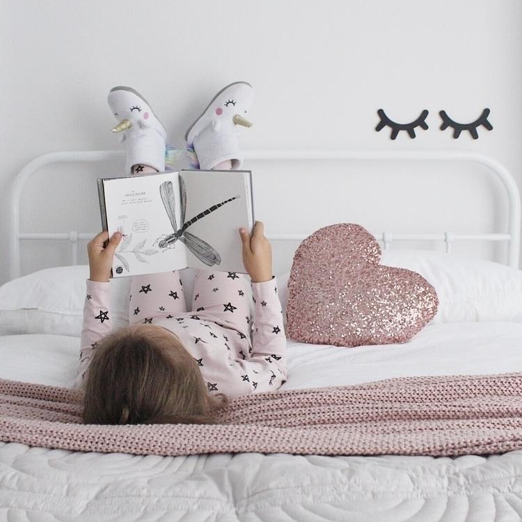 PJs day  - interior, bed, bedroom - _misskara | ello