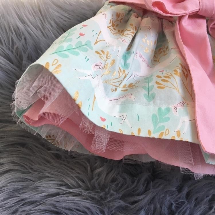 custom order. wait show outfit - leviandevelyn   ello