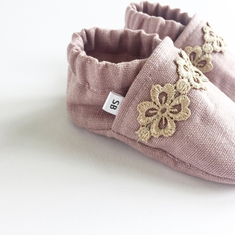 Dusty pink linen golden lace 35 - sadie___baby | ello