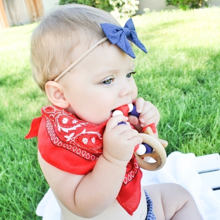 Happy Friday!!  - Babyaccessories - hellobabyla | ello