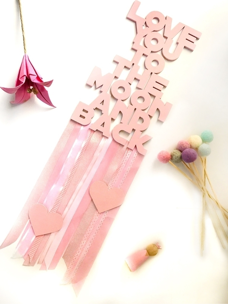 Pretty pink  - loveyoutothemoonandback - heart_on_a_string   ello