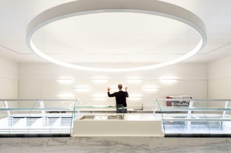 Commercial Axis, Guimarães, Por - elloarchitecture | ello