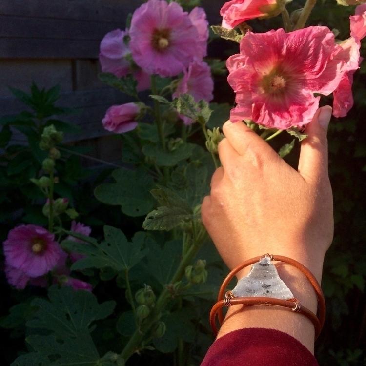 :cherry_blossom:hollyhocks! bac - suzansilvius | ello