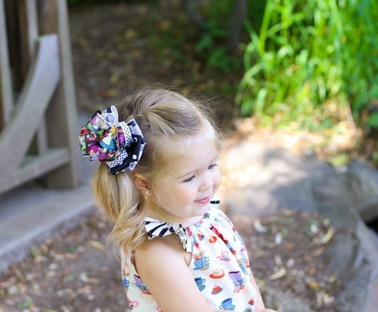 adorable sweet Ella Alice stack - cinderellabowtique | ello