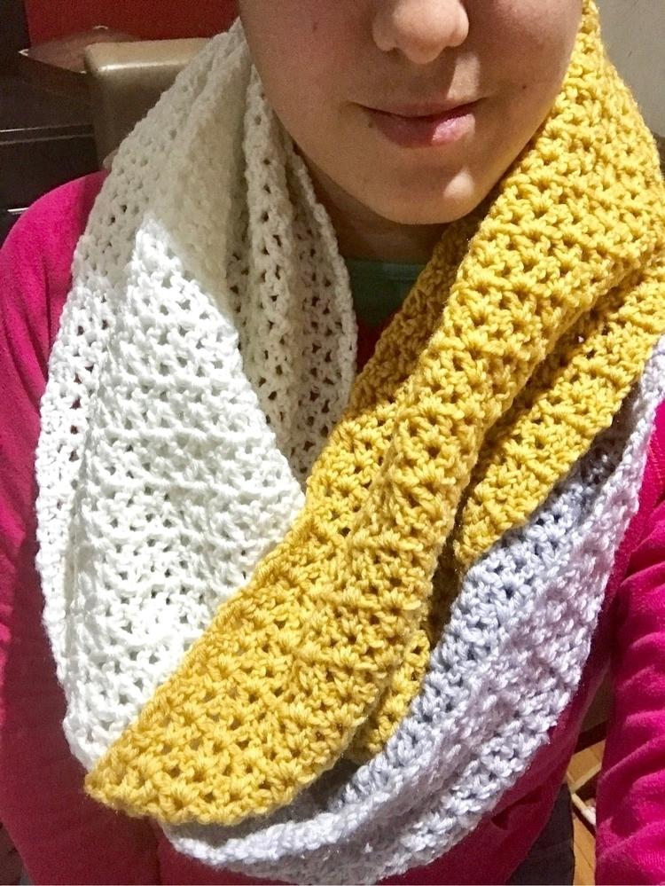 Modern infinity scarf measuring - kshandmadelove | ello