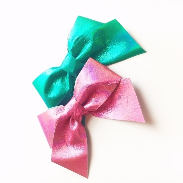 favorite iridescent bows!!! Sho - coastalbowco | ello