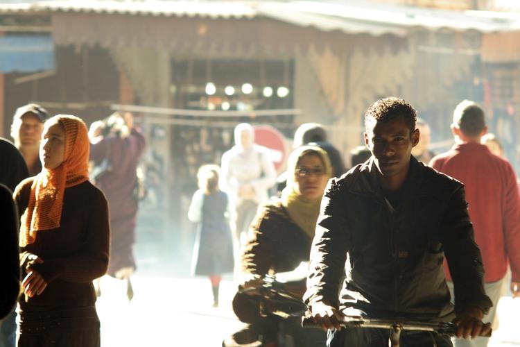Marrakech, 2007 - people, street - phil_levene | ello
