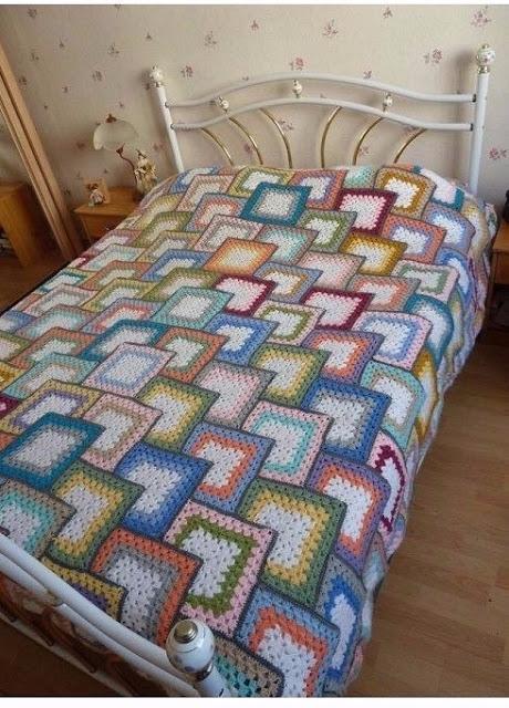 Beautiful crochet blanket step  - carlabreda | ello