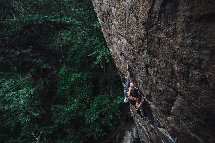 climbing - francisfontaine   ello