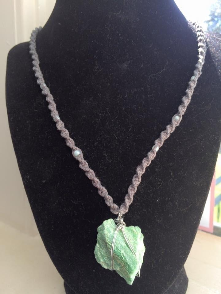 fuchsite necklace. $25.00 shipp - hempbykayla | ello