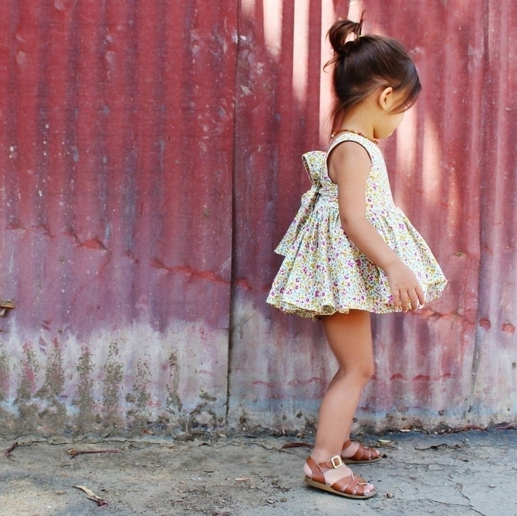 Anabelle skirted Rompers    cli - halobabyco   ello
