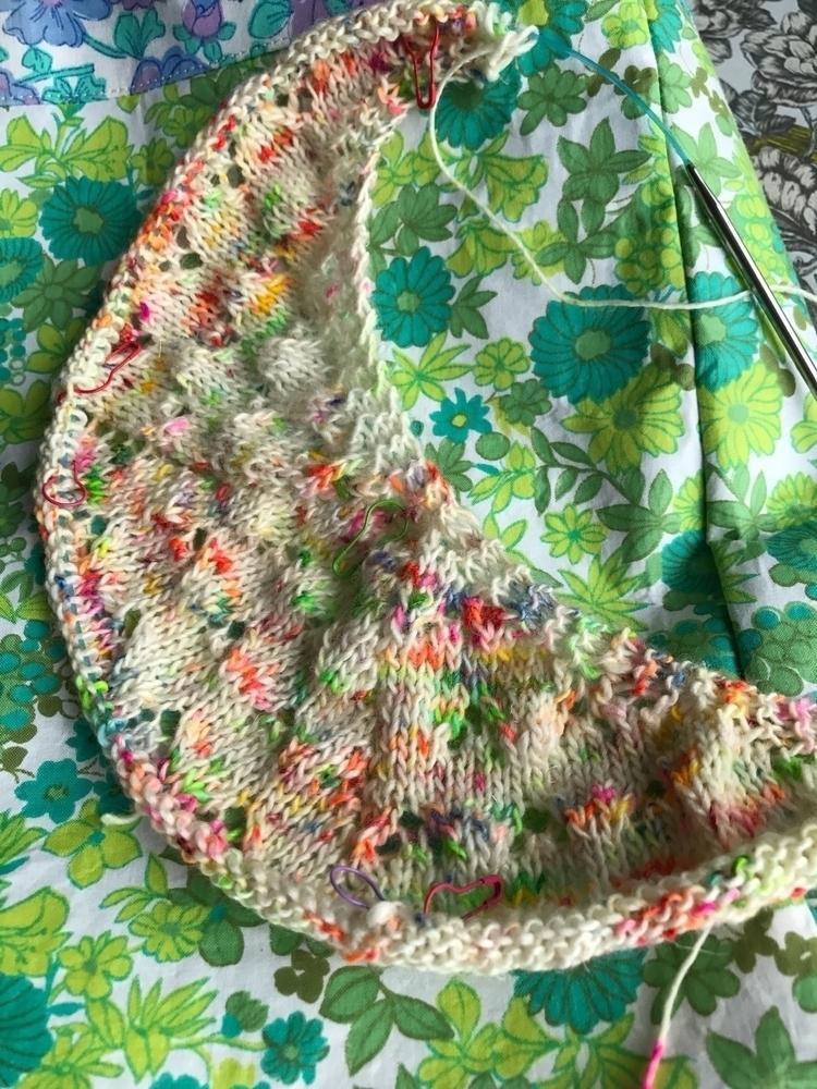 shawl design needles. lovely su - gorgeousthings | ello