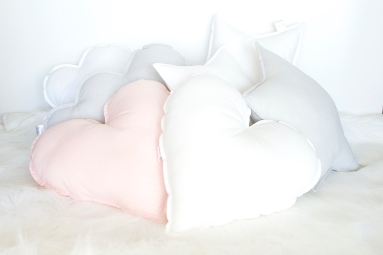 Cushion love :heart:️  - loveheart - mysweetlittleroom | ello