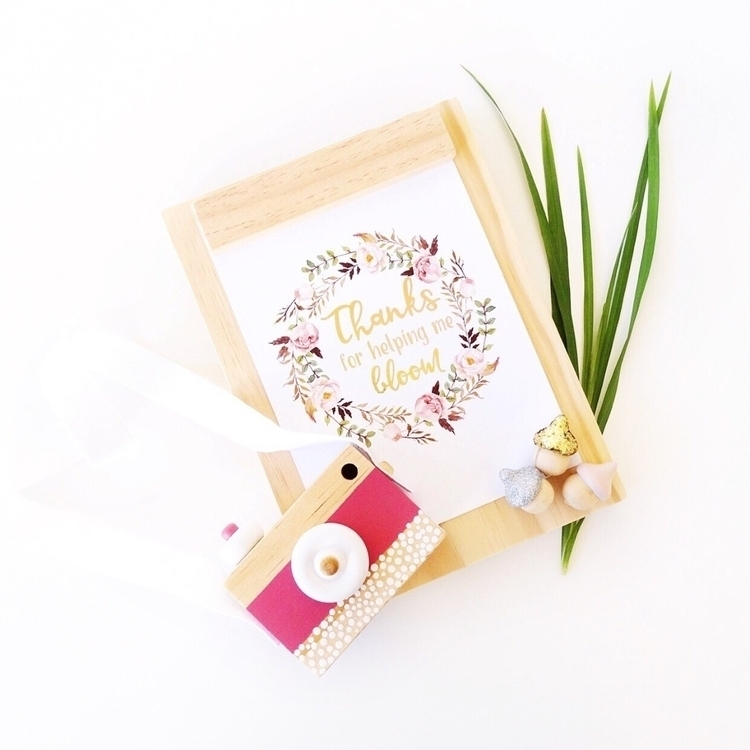 // helping bloom ♡ Gorgeous A5  - _oliveandjem_ | ello
