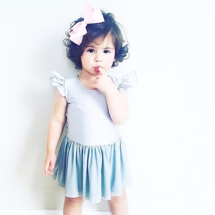 Ivy adorable styled Luxe Frill  - littleheartsco   ello